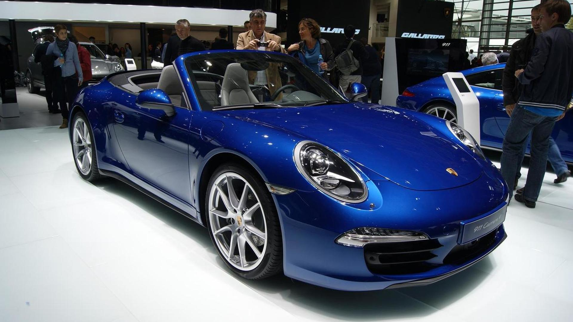 Porsche 911 4 & 4S officially unveiled in Paris