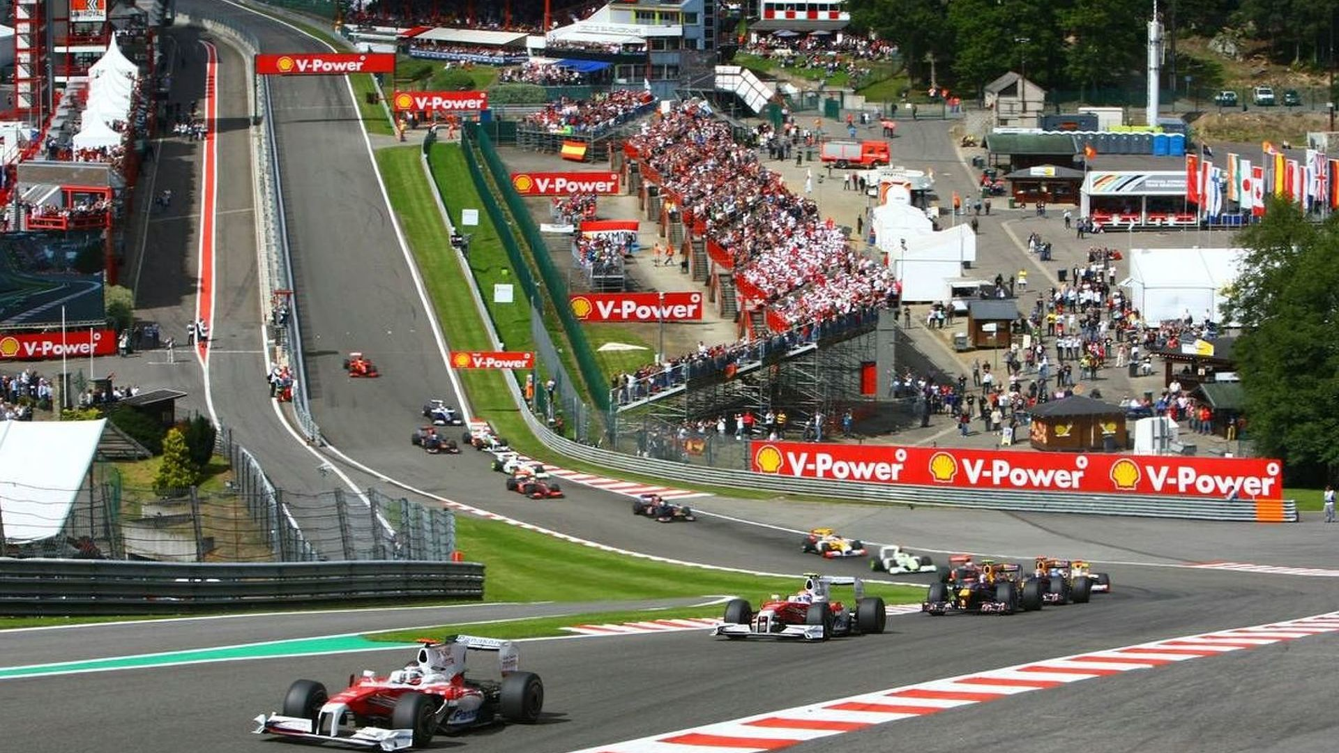 Government must save Spa GP insists Ecclestone
