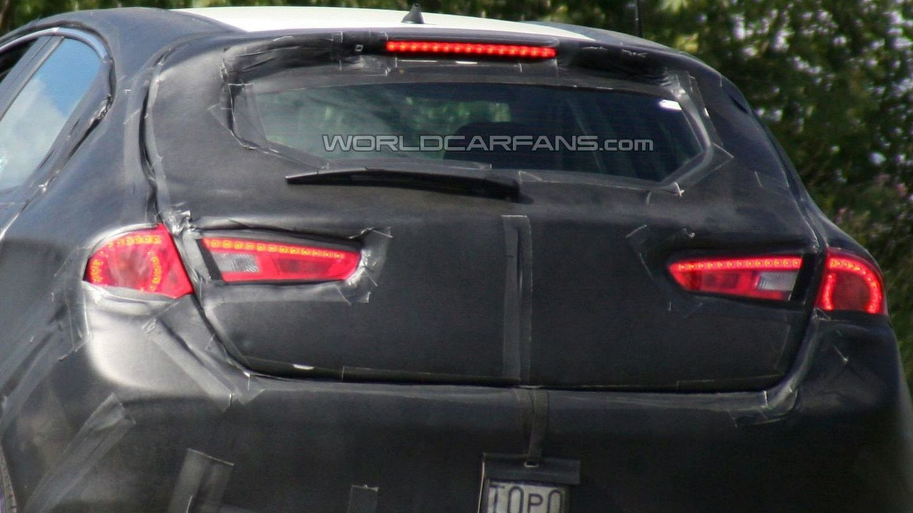 Alfa Romeo Milano rear LED tailamp design spy photo