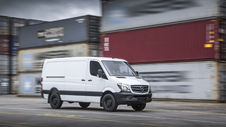 Mercedes-Benz could have electric Sprinter van by 2018