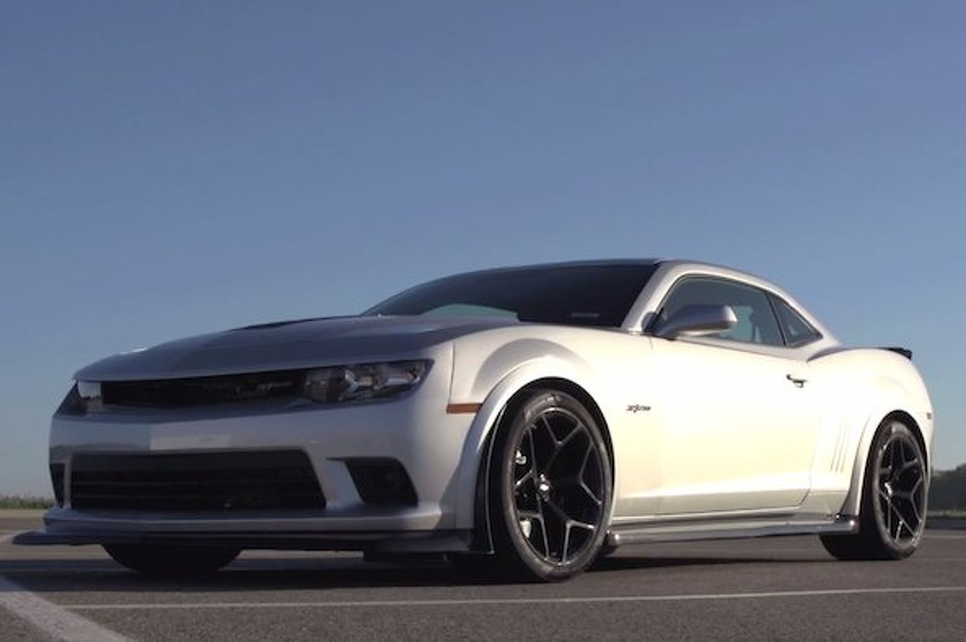 The Camaro Z/28's Brakes Were So Powerful, the Tires Were Slipping [video]