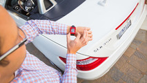 Mercedes joins the smartwatch fray, teams up with Pebble