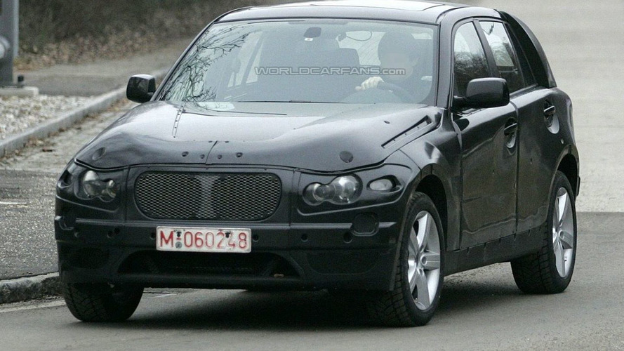 BMW X1 Comes Out in the Open Once Again
