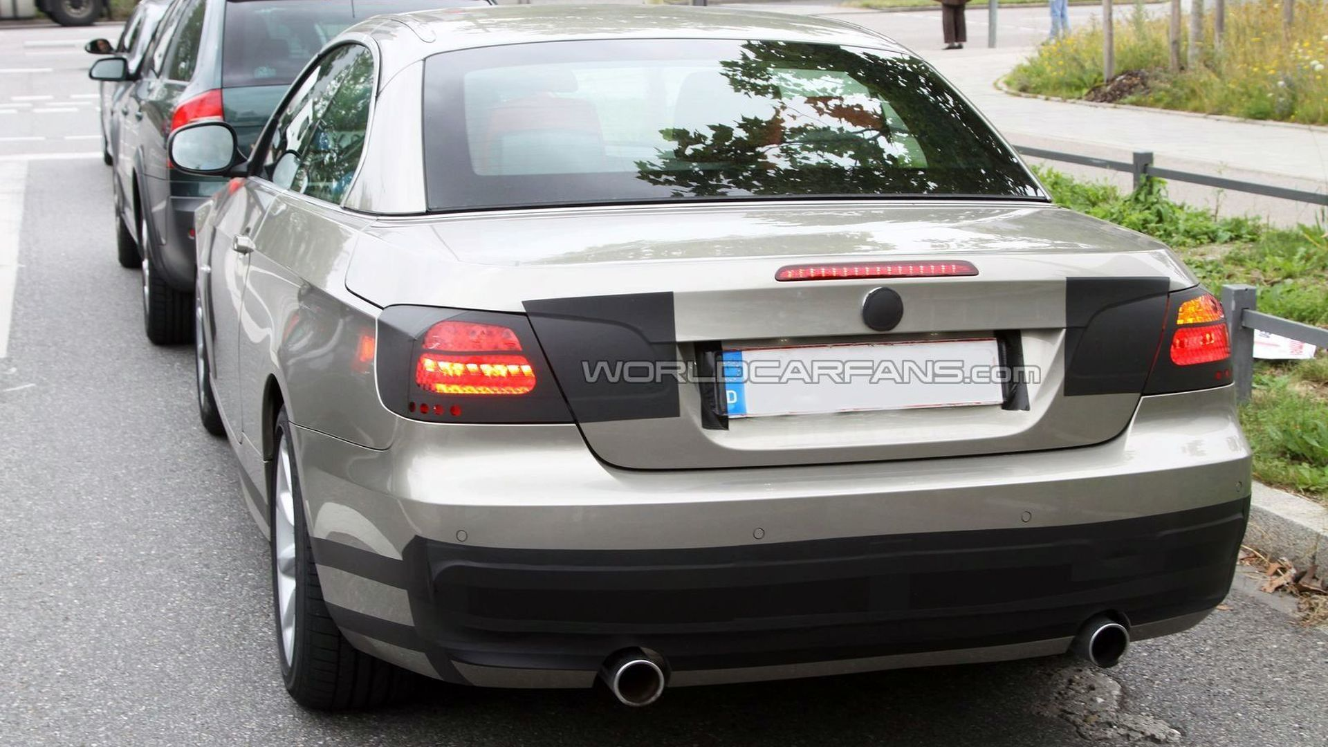 BMW 3 Series Coupe and Convertible Facelift Spy Photos