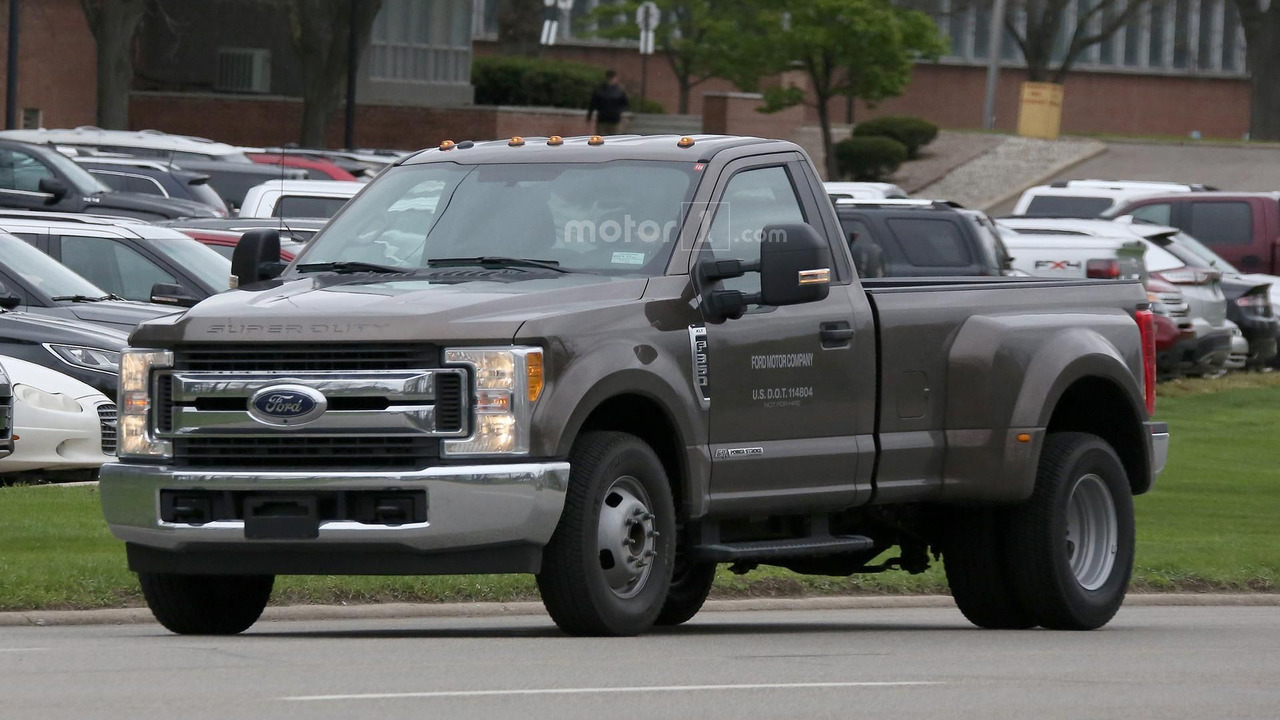 2017 ford f 350 xlt single cab dually spied in michigan. Black Bedroom Furniture Sets. Home Design Ideas