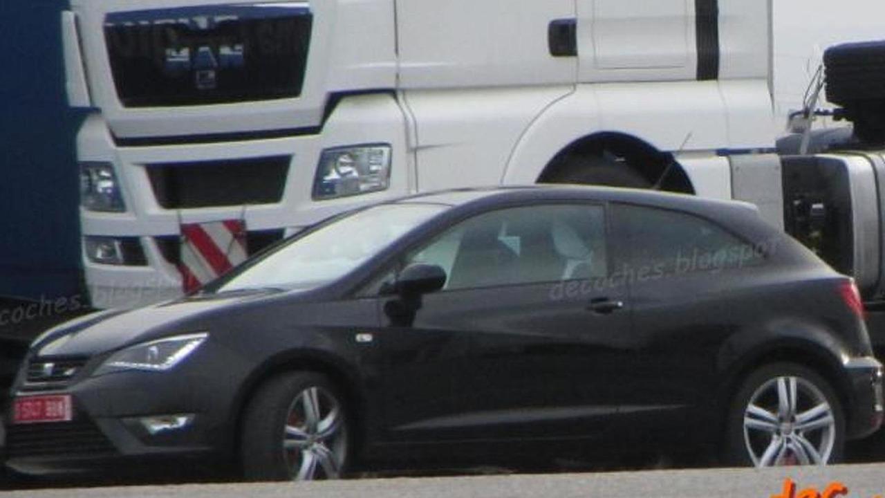 2013 Seat Ibiza Cupra facelift spy photo 30.7.2012
