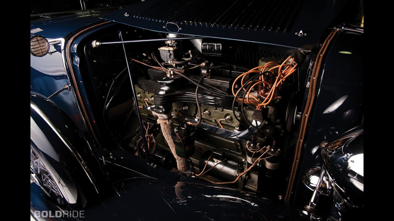 Auburn Twelve Custom Phaeton Sedan