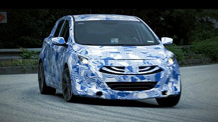 Hyundai i30 N prototype teases its handling