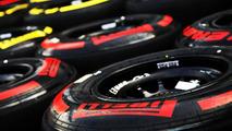 Tyre debate returns to F1 paddock