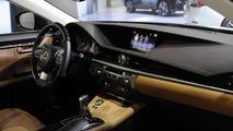 2016 Lexus ES facelift at Auto Shanghai 2015