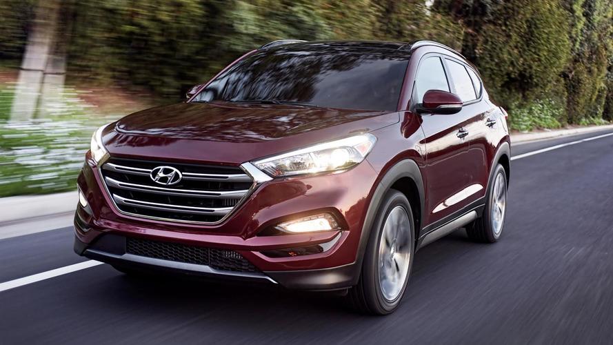 US-spec Hyundai Tucson shows its new DRLs at New York Auto Show