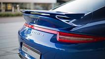Porsche shows off the 911 5 Million Facebook fan car at Silverstone [video]