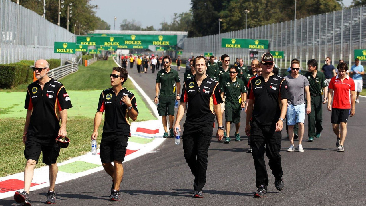 Ciaron Pilbeam Lotus F1 Team Chief Race Engineer and Alan Permane Trackside Operations Director walk the circuit 05.09.2013 Italian Grand Prix