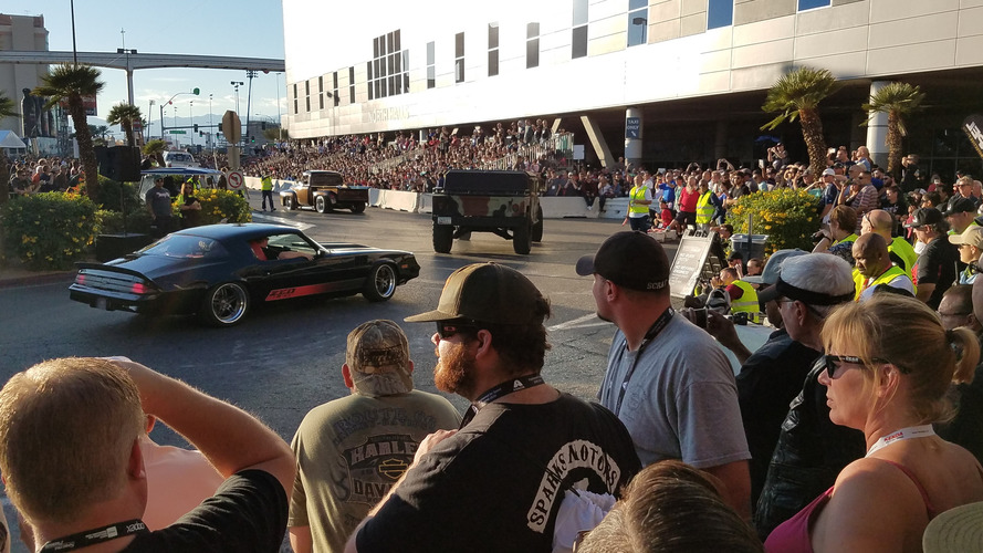SEMA Ignited keeps party going with cruise, car show, and drifting demo