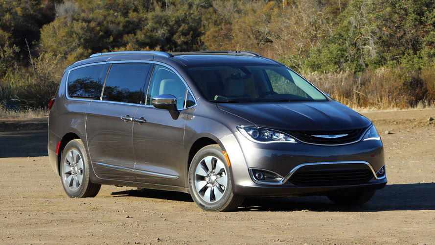 All-electric Chrysler Pacifica to debut at CES