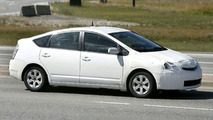 Toyota Prius Facelift Spy Photos