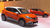 2013 Renault Captur production version at 2013 Geneva Motor Show