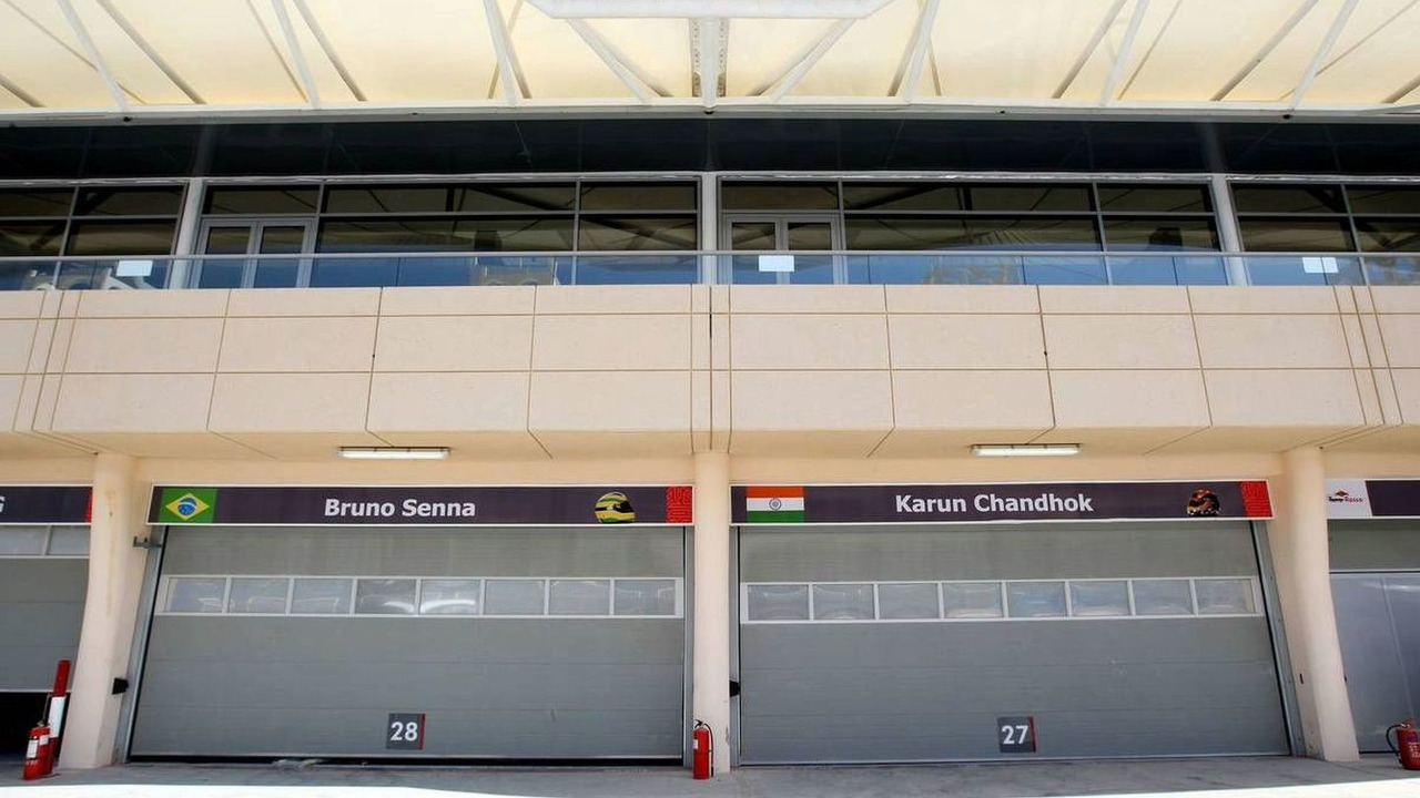 The garages of Bruno Senna (BRA), Hispania Racing F1 Team, Karun Chandhok (IND), Bahrain Grand Prix, 10.03.2010, Sakhir, Bahrain