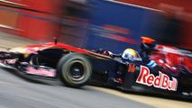 Toro Rosso tests STR5 at Imola