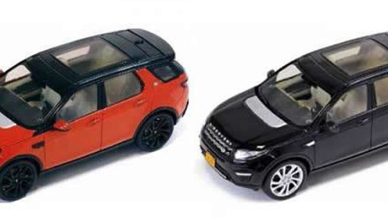 Alleged 2015 Land Rover Discovery Sport scale models