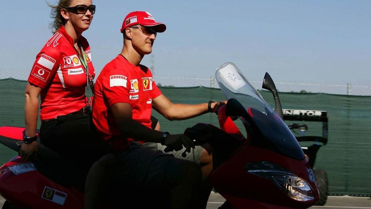 Michael Schumacher (GER) and Sabine Kehm (GER), Michael's personal press officer, Turkish Grand Prix, Thursday, 24.08.2006 Istanbul, Turkey