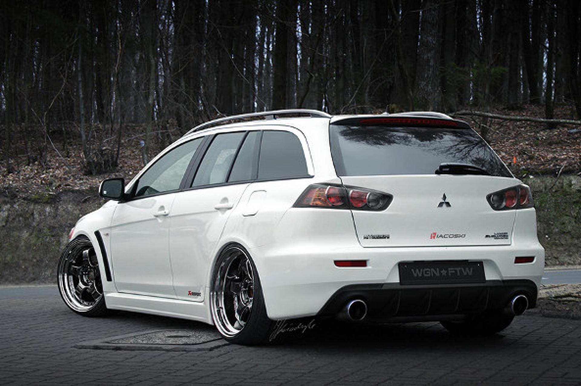 Evo X Wagon Concept Has Junk in Trunk