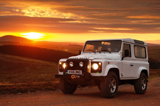US Customs is Cracking Down on Imported Land Rovers