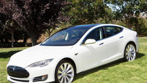 Tesla Model S outsold S-Class, A8, 7-Series in the first three months of the year