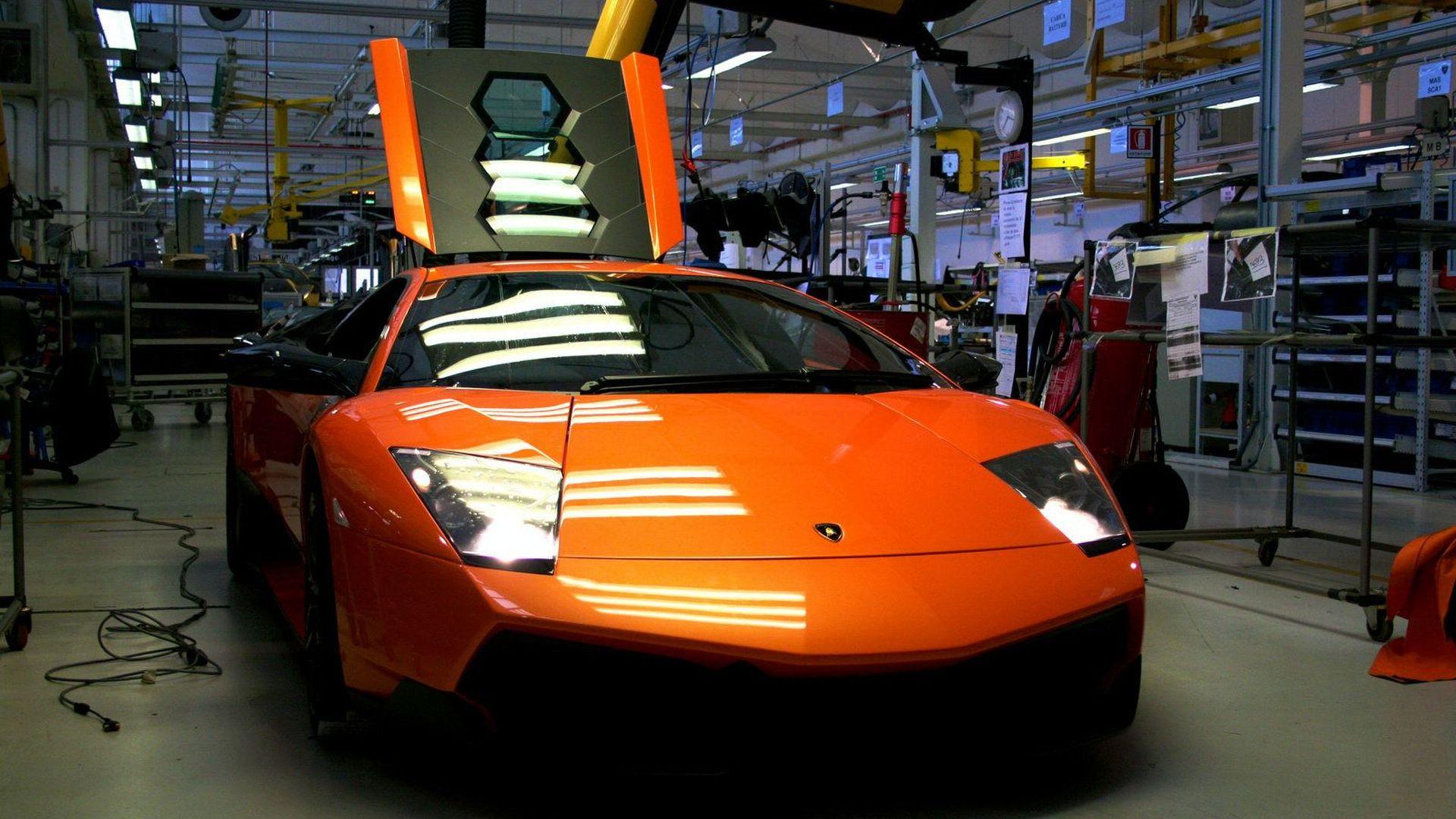 Lamborghini LP670-4 SV Factory Build on National Geographics TV Show [Video]