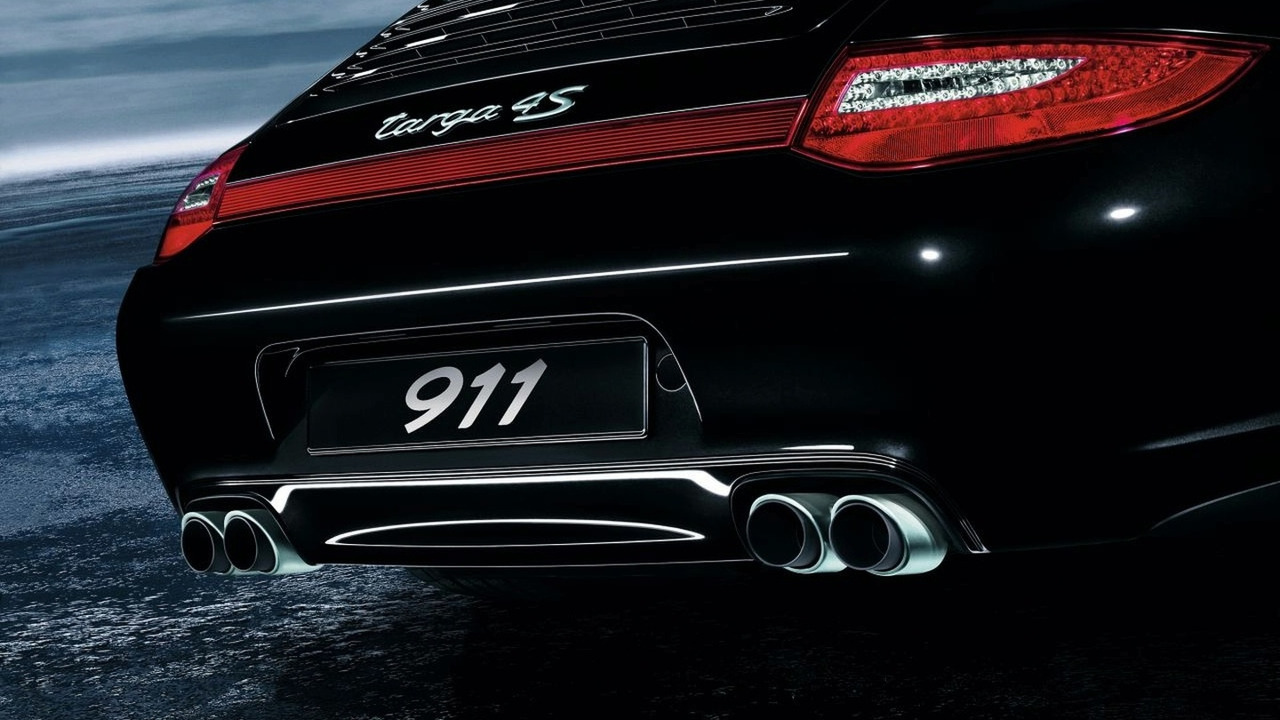 Porsche 911 Carrera and Targa4 new sports exhaust system