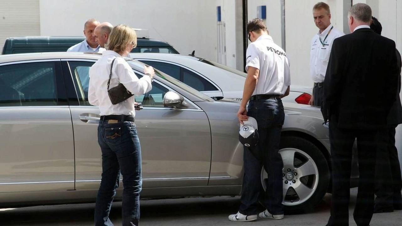Michael Schumacher (GER), Mercedes GP Petronas, signs a car, Bahrain Grand Prix, 11.03.2010, Sakhir, Bahrain