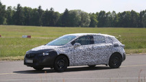 2016 Opel Astra spy photo