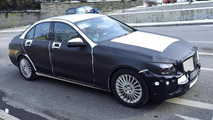 2014 Mercedes-Benz C-Class spied up close showing more skin