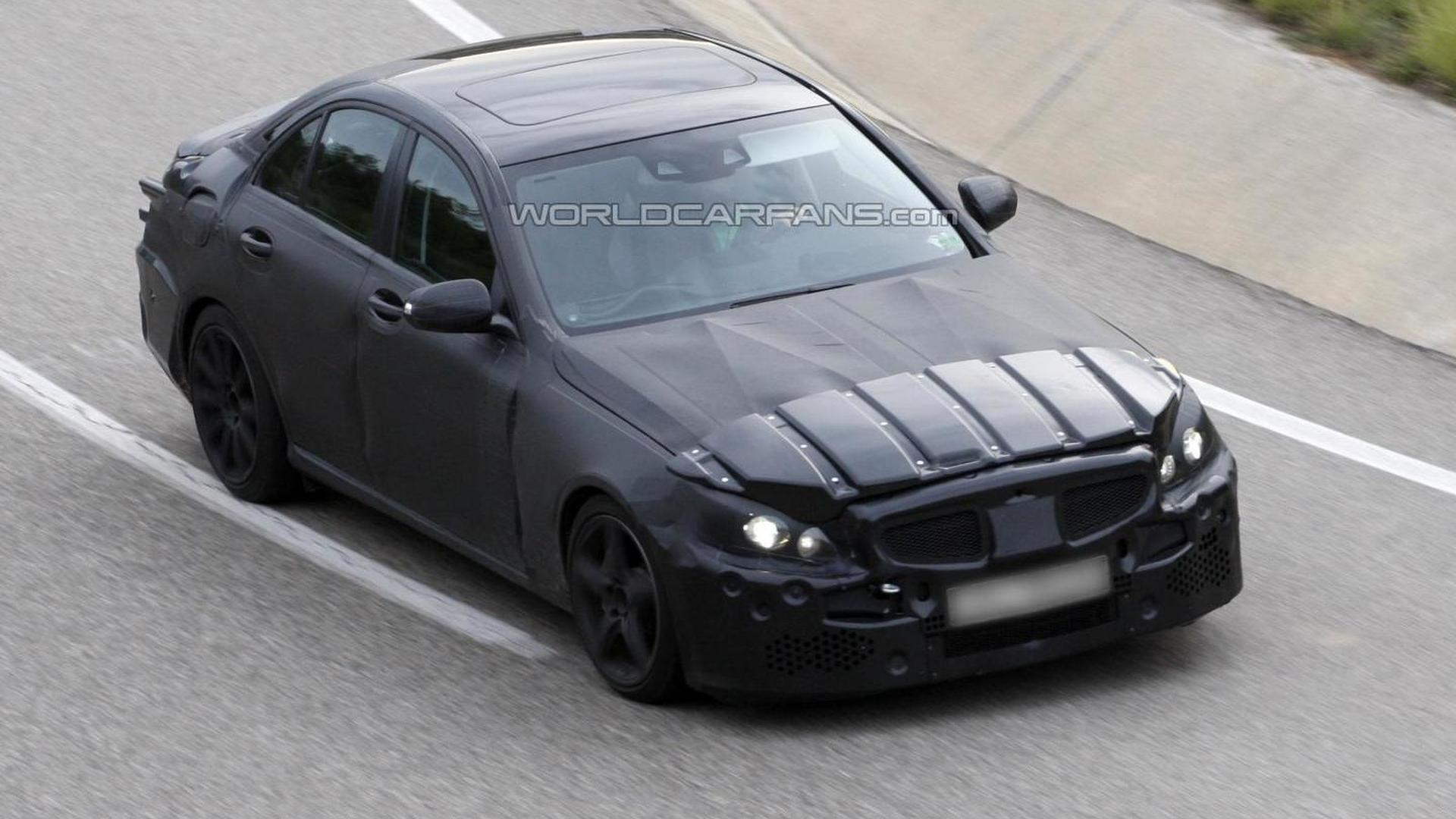 2014 Mercedes-Benz C63 AMG spy photos available