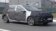 2017 Hyundai i30 / Elantra GT returns in new spy photos
