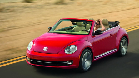 2013 Volkswagen Beetle Cabriolet drops its top in L.A. [videos]