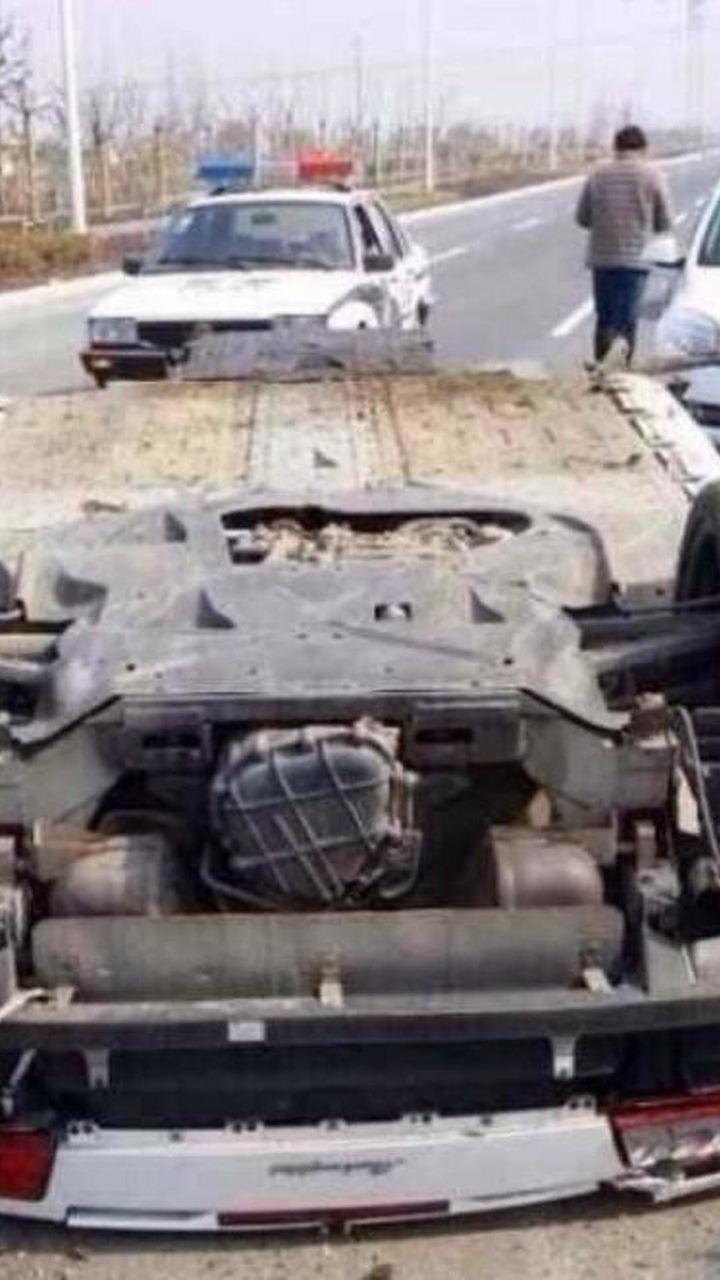 Crashed Lamborghini Gallardo LP560 Spyder in China