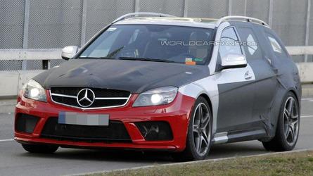 2013 Mercedes C63 AMG Wagon Black Series spied