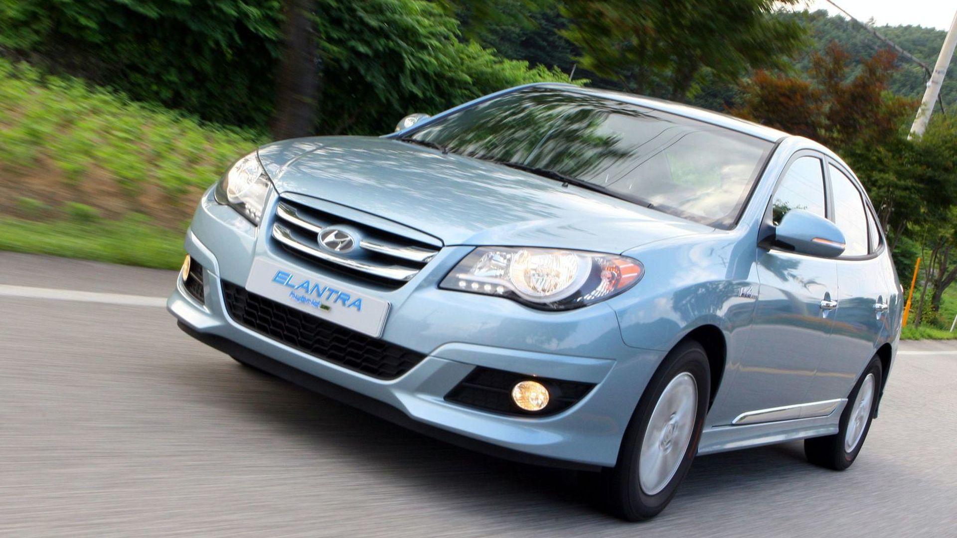 Hyundai launches world's first LPG powered hybrid - Elantra LPI HEV