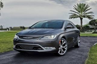 2015 Chrysler 200 Gets a Major Makeover