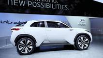 Hyundai Intrado Concept live in Geneva