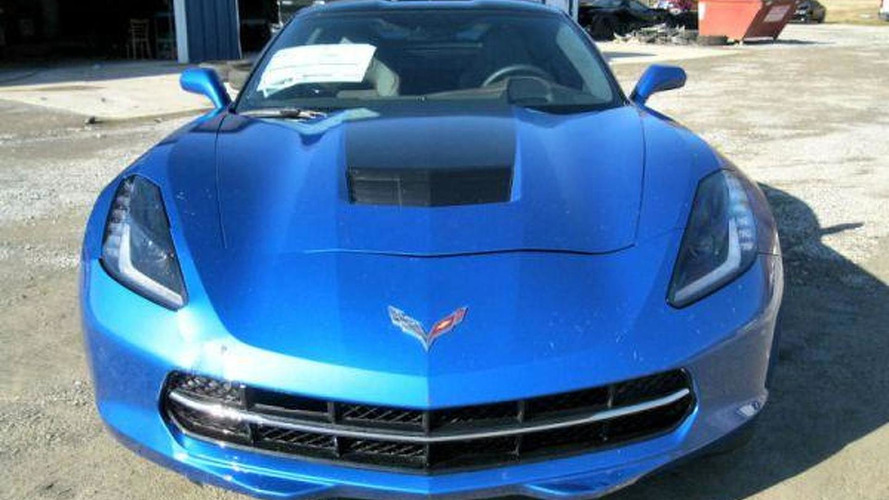 Chevrolet Corvette Premiere Edition gets 8,100 USD discount after smashing through dealer window