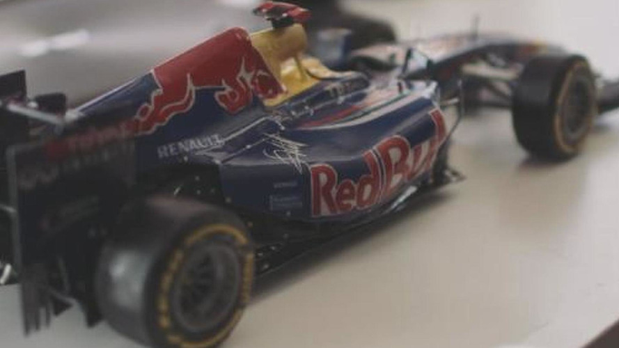 Paper-made Red Bull RB7 Formula 1 car is amazingly detailed [video]