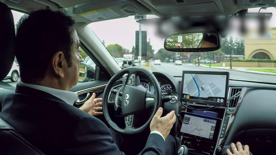 Nissan CEO Ghosn experiences autonomous car for first time