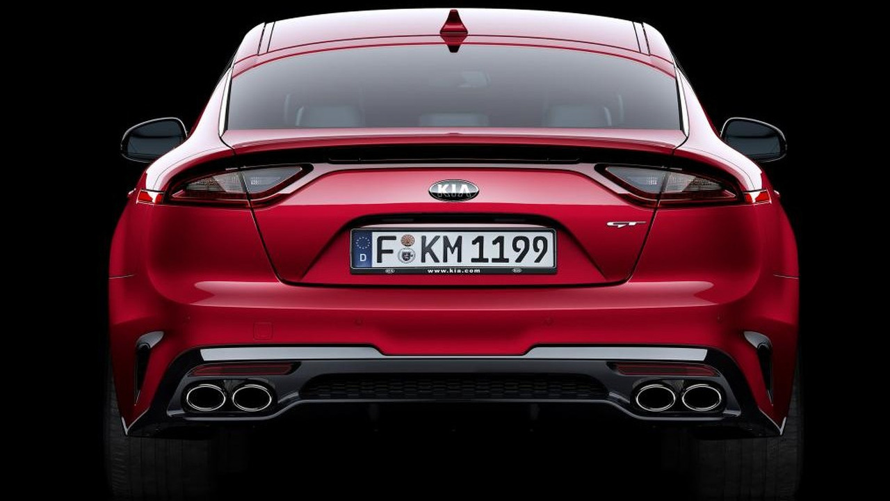 Vwvortex com 2018 kia stinger officially unveiled production gt concept range topping gt model gets a 365hp 3 3 liter twin turbo v6