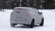 2017 Peugeot 6008 spy photo