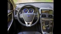 Volvo lança XC60 T5 R-Design oficialmente no Brasil com preço sugerido de R$ 172.900