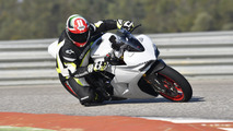 2017 Ducati SuperSport Review: A whole lot of fun