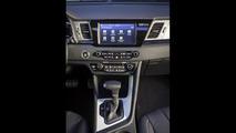 2017 Kia Niro Hybrid unveiled [video]
