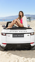 Bond girl Naomie Harris poses with Range Rover Evoque Convertible [video]